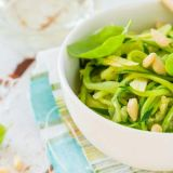 zoodle-bowl-with-almond-slivers