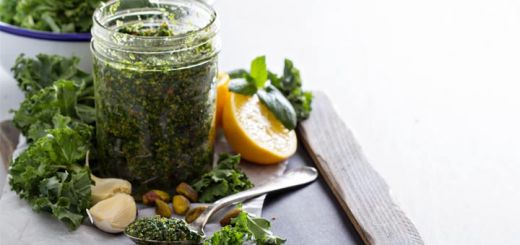 Raw Pistachio and Kale Pesto