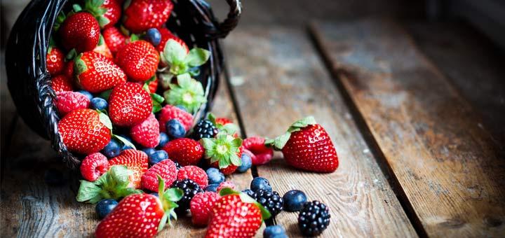 mixed-berry-fruit-basket