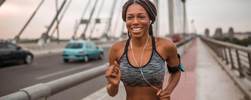 black-woman-jogging