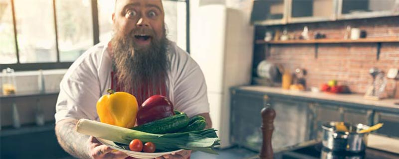 man-holding-veggie-plate