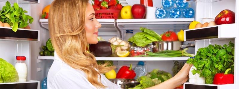 opening-fridge