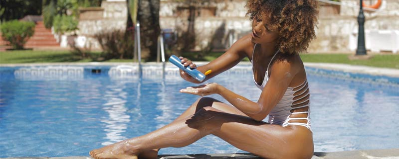 sunscreen-woman