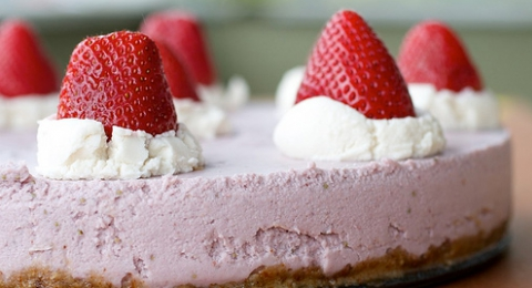 Vegan Cheesecake with Strawberry Basil Sauce