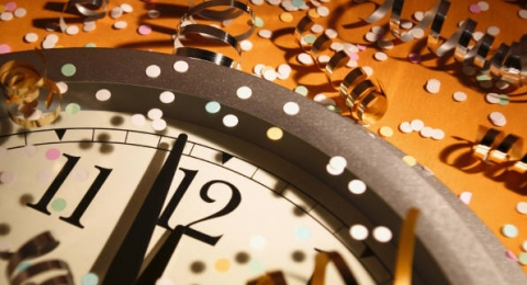 0-482412102-new-years-eve