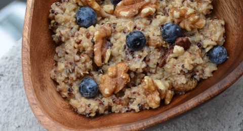 Fiber-Picked Oatmeal with Blueberry and Fig