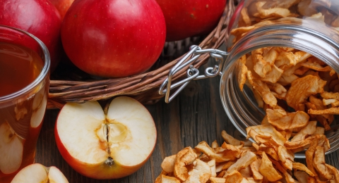 Cinnamon Vanilla Apple Chips