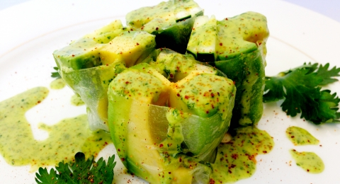 0-906147200-avocado-cucumber-spring-rolls-with-cilantro-lime-sauce