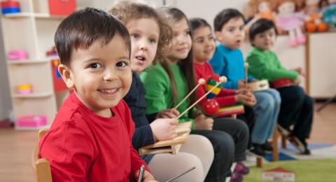 0-933816208-kidsatschool