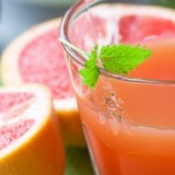 0-167779623-grapefruit-juice