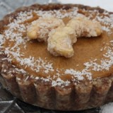 0-188734747-raw-pumpkin-pie