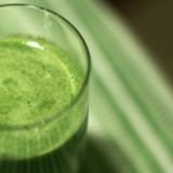0-261952572-blood-pressure-reducing-juice-lg