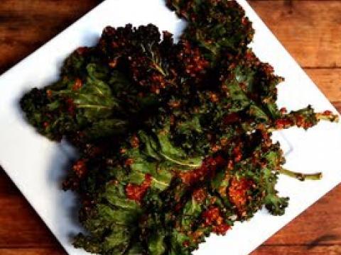 Kale Chips   Raw. Vegan. Not Gross.