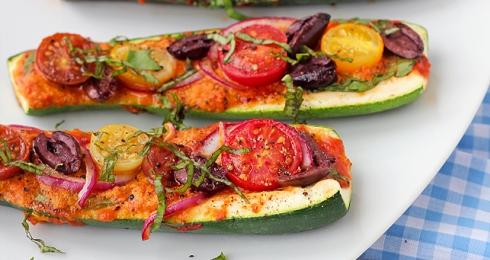 0-388470325-zucchini-pizza-boats