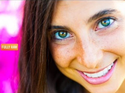 How My Eyes Changed Color Eating FullyRaw