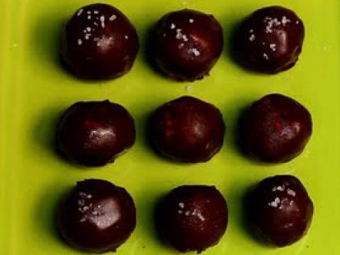 Chocolate Truffles | Raw. Vegan. Not Gross