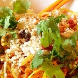 0-894735149-tangled-thai-salad