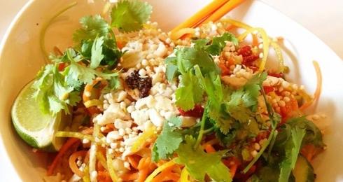 0-894735149-tangled-thai-salad