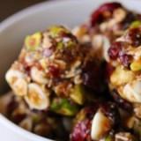 0-990210669-cranberry-pistachio-energy-bites