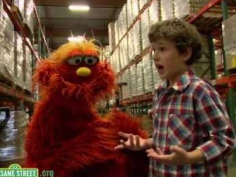 Nolan Gould and Sesame Street's Murray Volunteer!