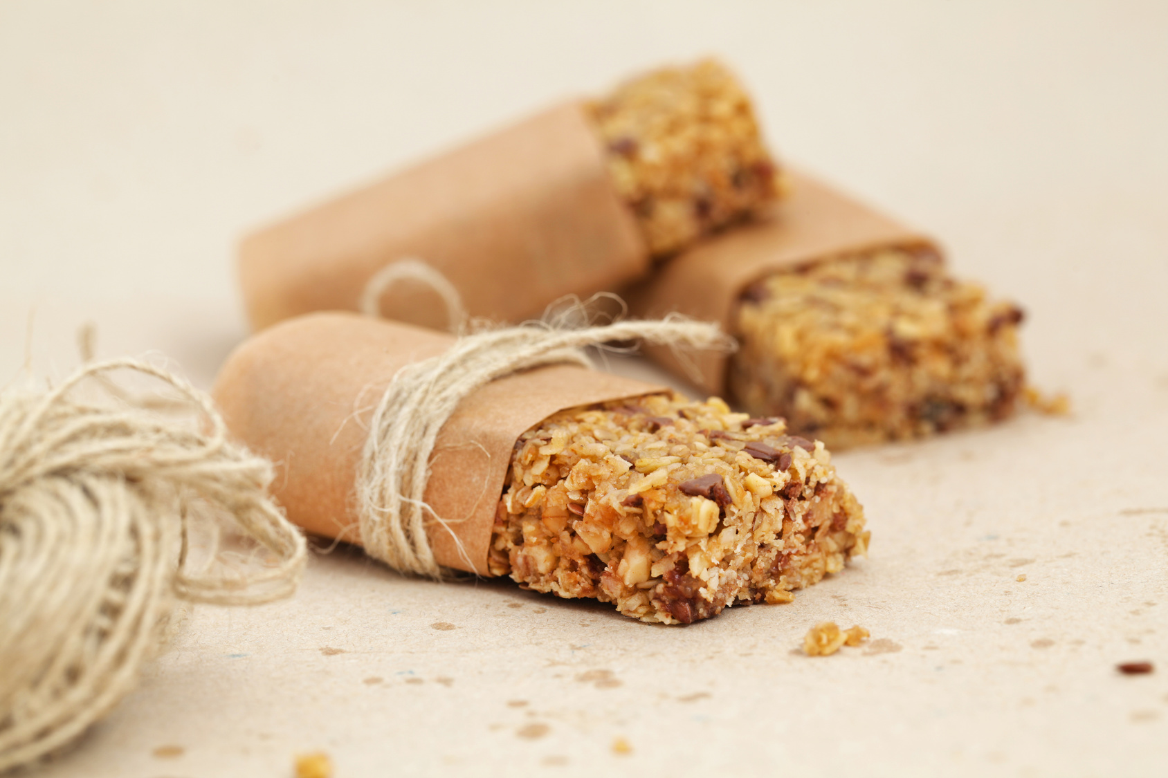 How To Make Sure Your Energy Bar Is ACTUALLY Healthy