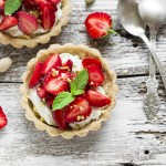 Berry Fruit Tarts with Chia Seeds