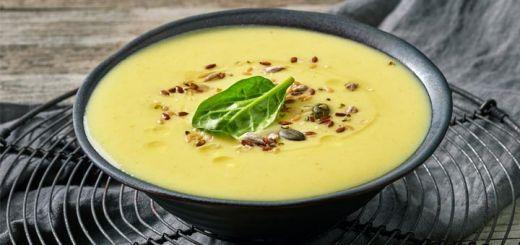 Creamy Curried Coconut Cauliflower Soup