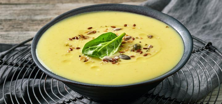 Creamy Curried Coconut Cauliflower Soup