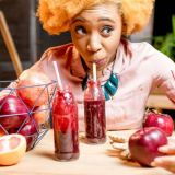 black-woman-beet-smoothies