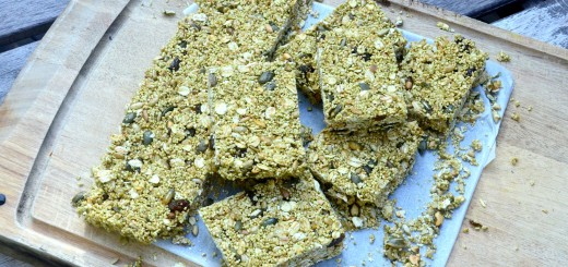 Green Matcha Granola Bars