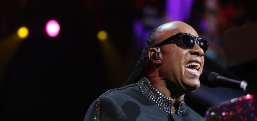Stevie Wonder Urges People To Go Vegan