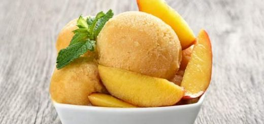 vegan-peach-ice-cream