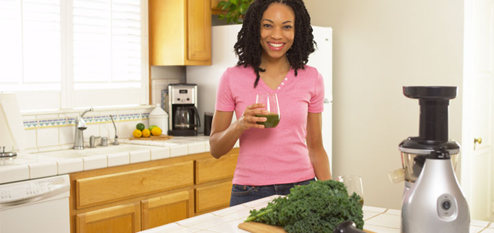 woman-drinking-kale