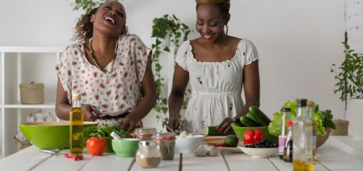 black-women-with-vegetables