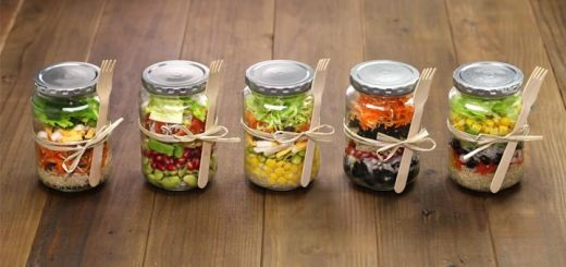 Meal Prep These Mason Jar Salads For Healthy Lunches