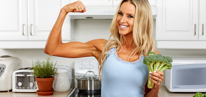 protein-vegetables-woman