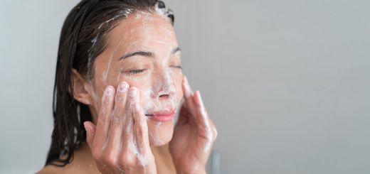woman-washing-face