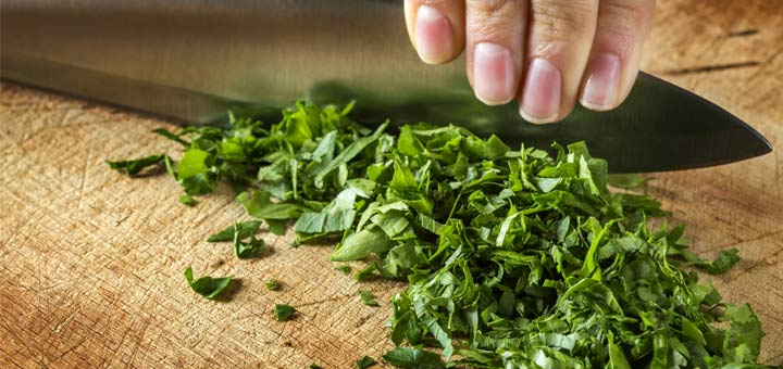 chopping-parsley