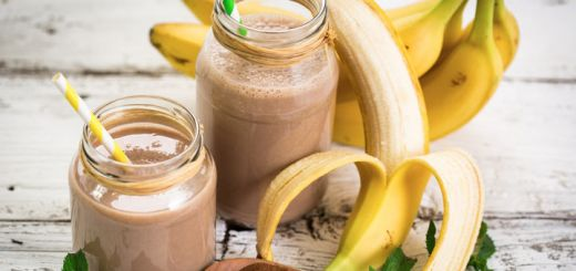 Banana Breakfast Choco Crunch Smoothie