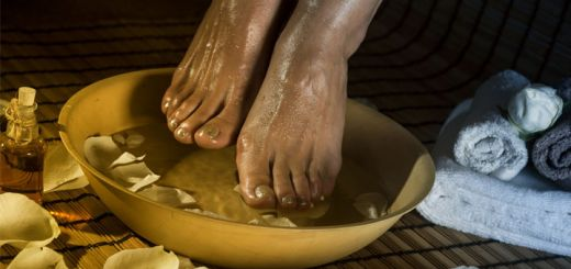 Apple Cider Vinegar Foot Bath For Clean And Healthy Feet