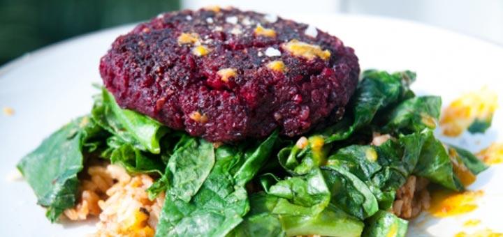 beet-quinoa-burger
