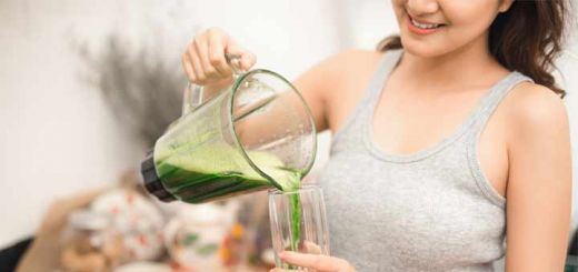 How To Make A Candida-Friendly Smoothie