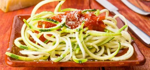 roasted-red-pepper-zoodles