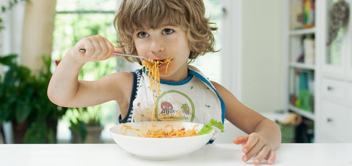 boy-eating-spaghetti