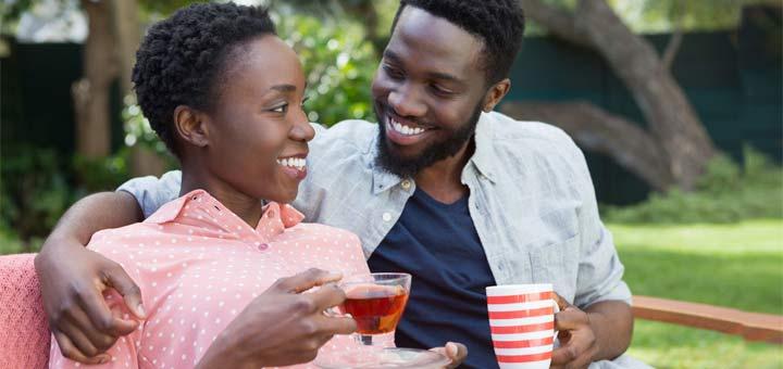 happy-couple-drinking-tea