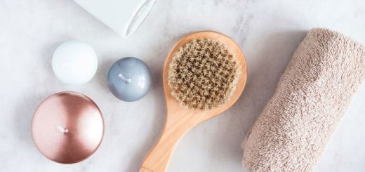 Benefits of Dry Brushing And How To Do It Right