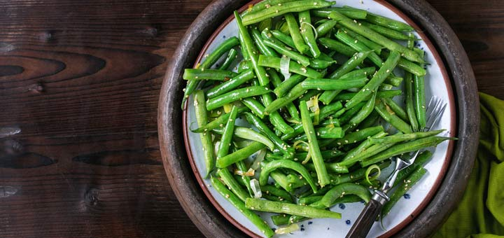 Crunchy & Raw Green Bean Salad