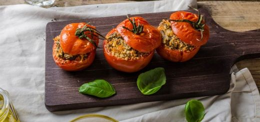 Pesto Spinach Quinoa Stuffed Tomatoes