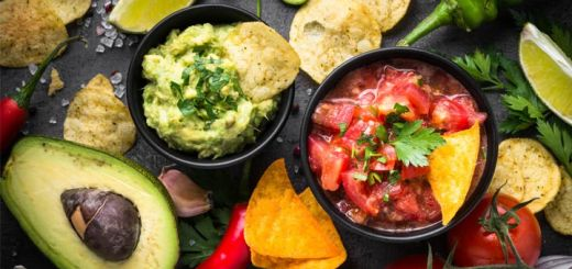 guacamole-and-salsa