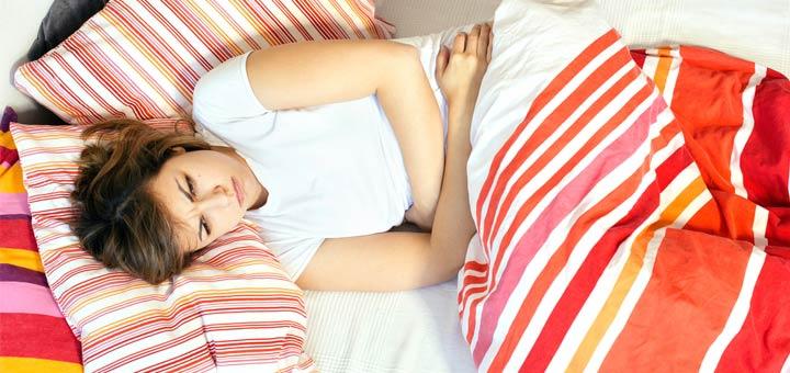 femme malade dans son lit